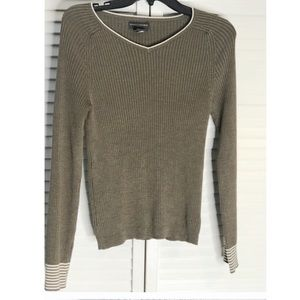 Banana Republic Olive Green Long Sleeve Sweater